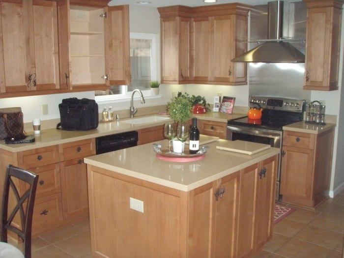 The big ol' kitchen.